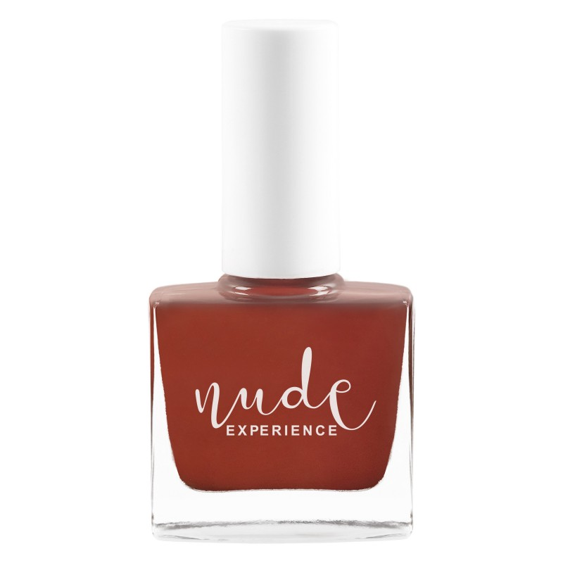 Red nail lacquer