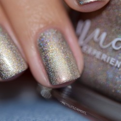 Ongles or holographique