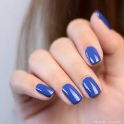 ongles bleus
