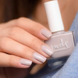 Ongles gris