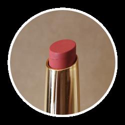 Rouge à lèvres naturel rouge brique
